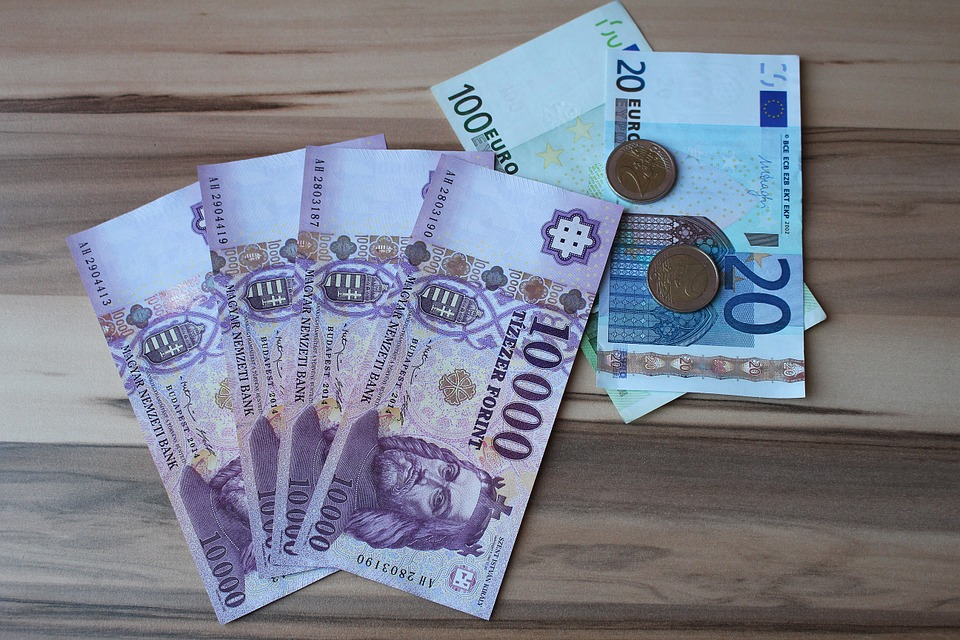 eura a forinty