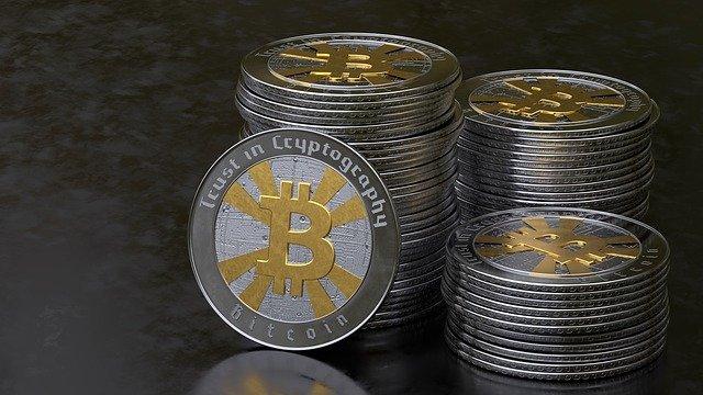 střádání bitcoinů